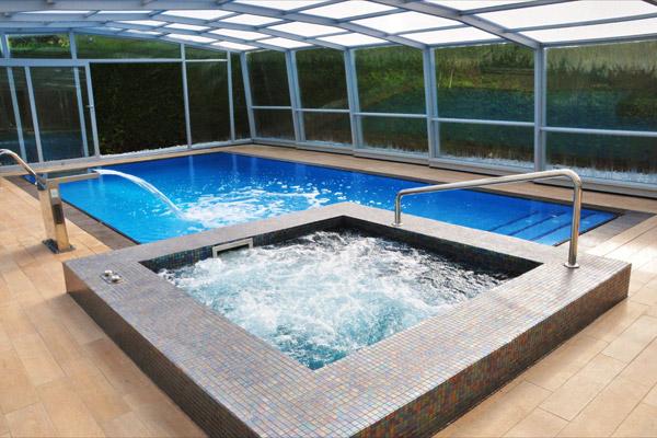 Piscinas en hormig n gunitado en pamplona codisna todo for Costo de construir una piscina